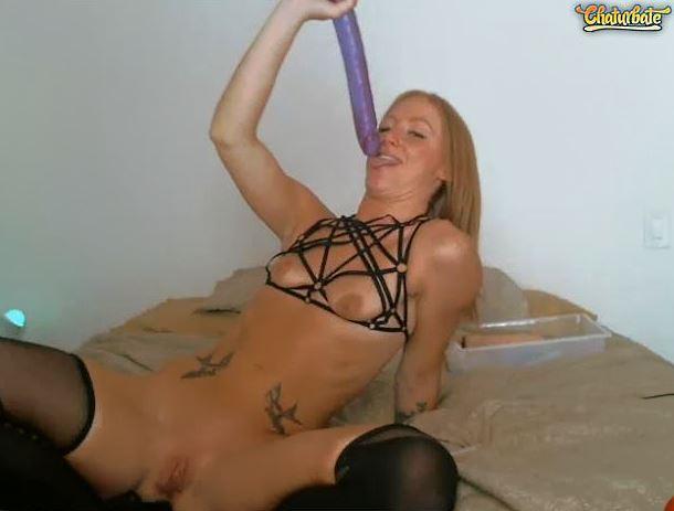 Hot xxx masturbating camgirls will make your dreams come true