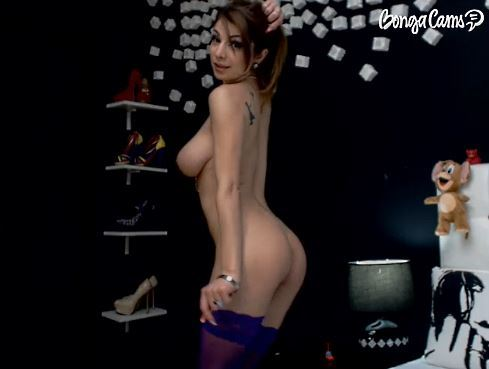 Watch Live Amateur Babes Get Hot on Camera All Day Long